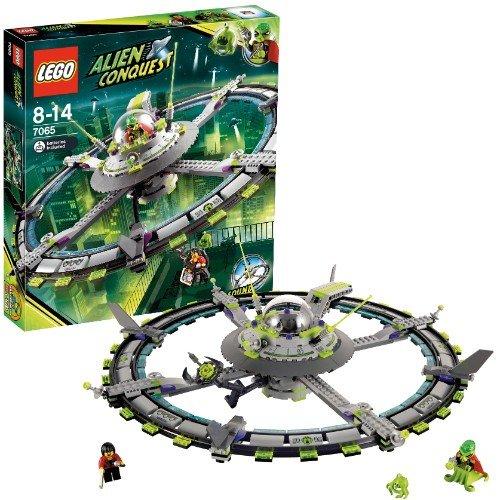 LEGO 7065 Alien Conquest Großes Alienraumschiff für 24€ mit myToys-Neukundengutschein