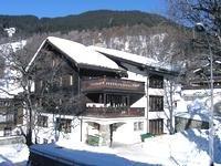 Reise: Ski-Wochenende in Davos (Anfahrt, Übernachtung, Vollpension, 2-Tages-Skipass im Wert von 84,- €) für 99,- € komplett (14.-16.03.)