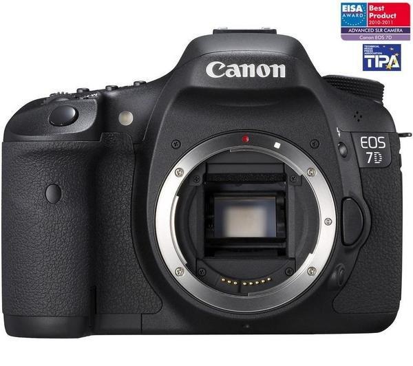 Canon EOS 7D Body für 887€ @Pixmania