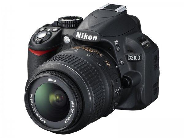 NIKON D 3100 und 18-55 mm VR - 311€