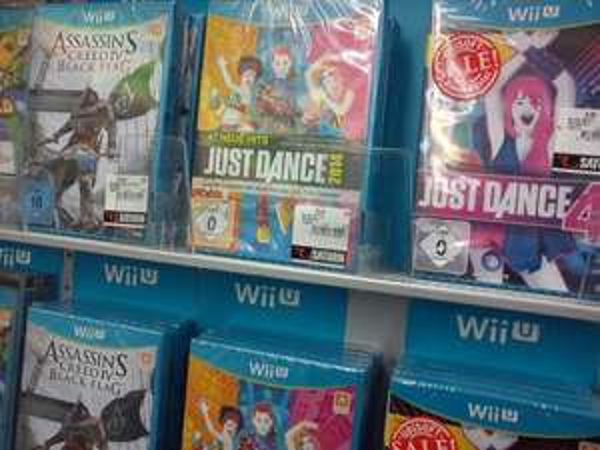 [Lokal Berlin Saturn Alexanderplatz] Wii U Asassins Creed 4: Black Flag 25€, Just Dance 4 Wii U 9.99€, Just Dance Wii U 2014 25€ Ps3: Splinter Cell Black List  Freedom Edition 25€ PC/XBox360/Ps3: Castlevania-Lords of Shadow 2-Premium Edition 69€