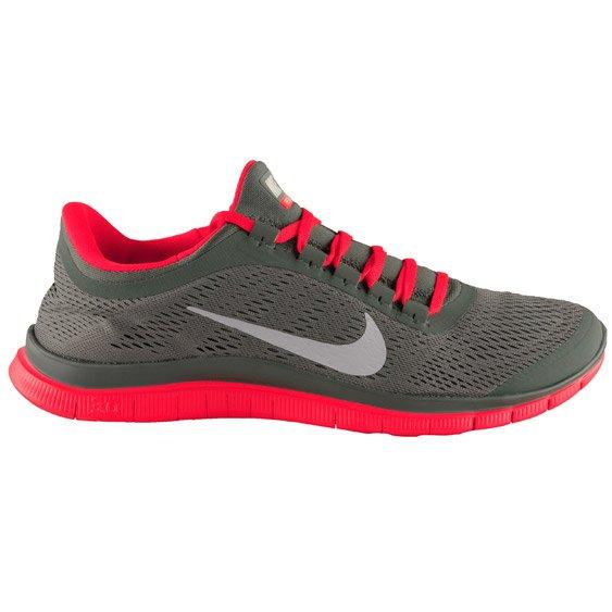 Nike Free 3.0 V5 Herren olive/rot für 69,90€ inkl. Versand bei jogging-point.de