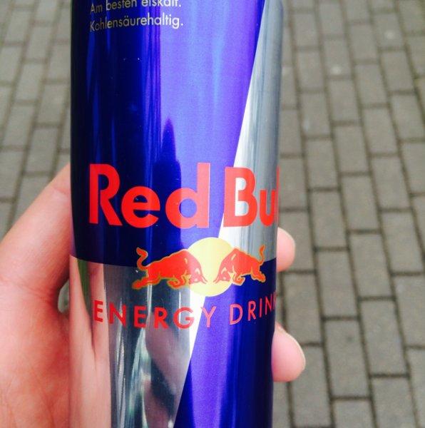 [Lokal Uni PB] Gratis Red Bull