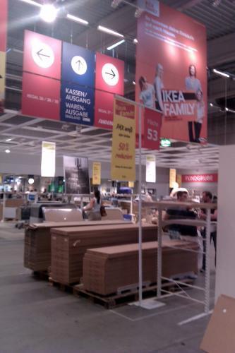 Ikea PAX zum halben Preis   -   lokal @ Ikea Dortmund   -   1 Meter Pax 2,36m hoch für 35€