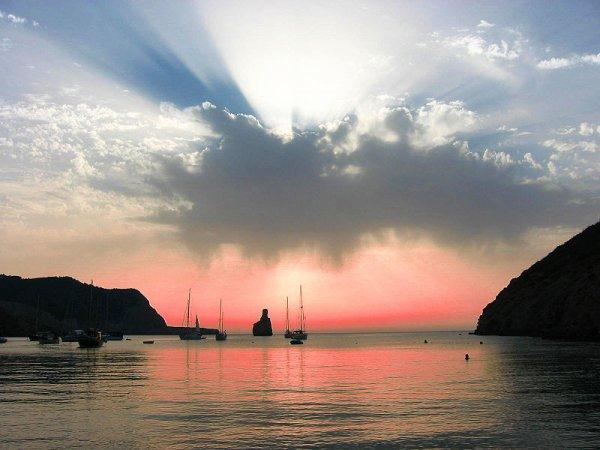Reise: 4 Nächte Ibiza ab Hahn (Flug, Transfer, 3* Hotel) 115,- € p.P. (Mai)