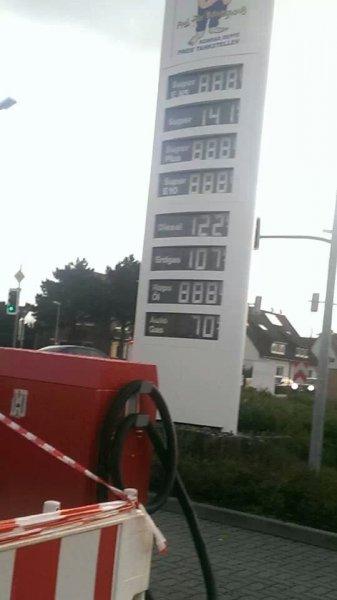 (Lokal Hildesheim) Super 1,41 €/L , Diesel 1,22 €/L Deppe Tankstelle am Kreisel