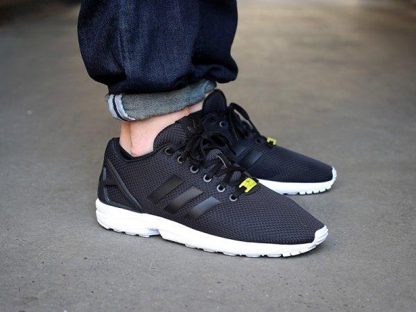 EDIT: Adidas Originals ZX FLUX Herren Freizeitschuhe für 57,83€ inkl. Versand bei Hoodboyz