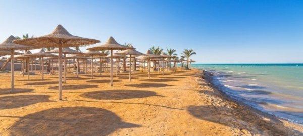 7 Tage Ägypten im 4-Sterne Hotel mit Halbpension, Flügen und Transfer für 249€ (noch günstiger mit Gutschein) @AIDU