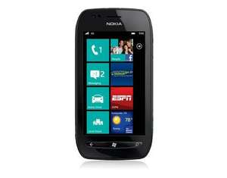 Nokia Lumia 710 schwarz B-Ware für 46,50 Euro @MeinPaket.de