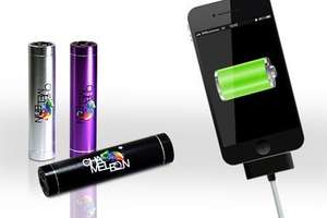 Mobiler Power Tube-Akku in Black, Purple oder Silver für 9,99 €