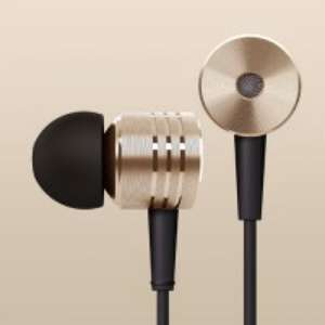 Original XIAOMI Brand New Version In-ear Earphone 3.5mm Stereo Earphone with Mic Control Talk