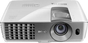 BenQ W1070 - 3D Full-HD Beamer 619€ inkl. Versand