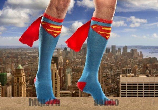Superman / Batman Kniestrümpfe (mit Cape) für 6,97€