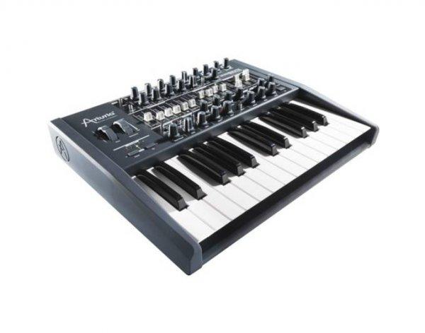 Arturia Minibrute - Analog Synthesizer