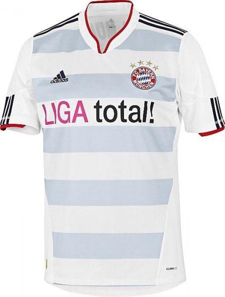 Diverse Adidas Herren Trikots (FC Bayern, Schalke, Chelsea, Liverpool, Real, uvm.)
