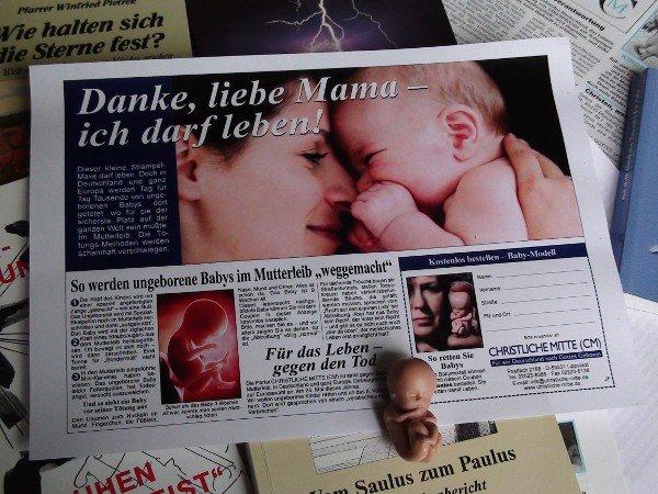 """Embryomodell als EU-Wahlgeschenk der """"Partei"""" Christlichen Mitte"""