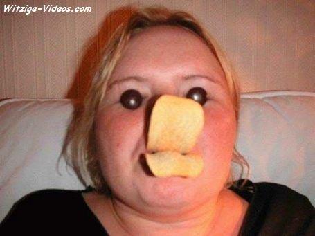 2 Dosen Pringles Kaufen -> 1 Fussballshirt von UMBRO bekommen
