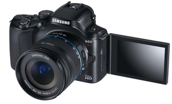 Samsung NX20 mit Objektiv NX 18-55mm idealo 397,99€