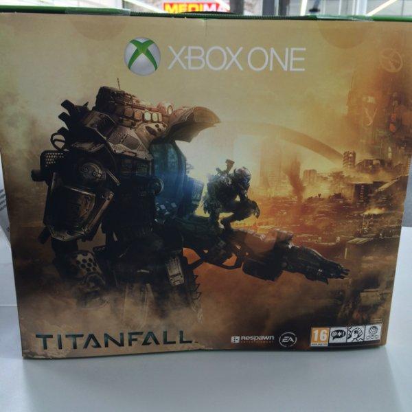 Bei Medimax Limburg City Xbox One inclusive. Titanfall (DLC)
