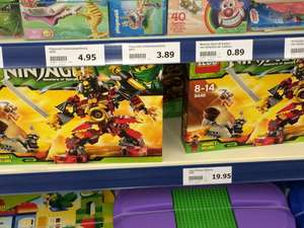[lokal Bad Salzuflen] Action Markt Lego 9448 Ninjago Masters of Spinjitsu für 19,95 Euro statt 32,99 Euro idealo