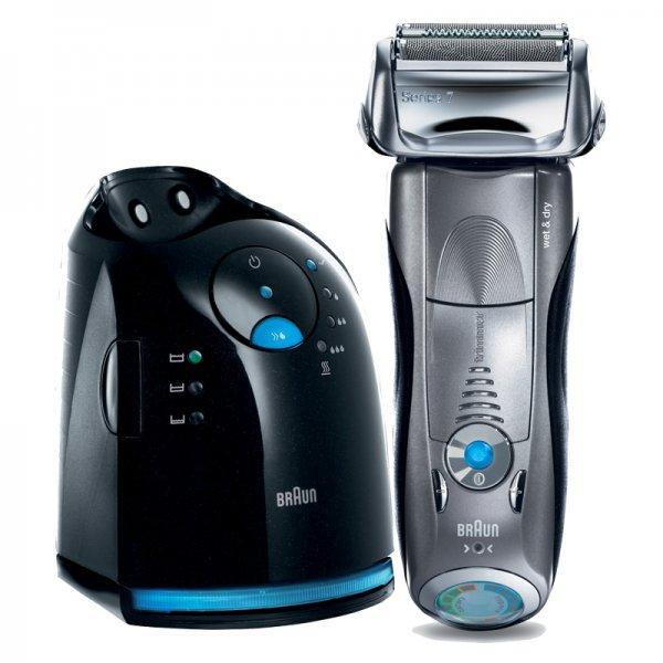 [Ebay Wow] Braun Series 7 799cc wet&dry Elektro-Rasierer (inkl. Reinigungsstation, Trocken- und Nassrasur, 3 Jahre Garantie) für nur 149 EUR inkl. Versand!