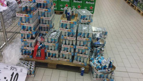 Red Bull in Kaufland Aschaffenburg 0,10€ zzgl. Pfand