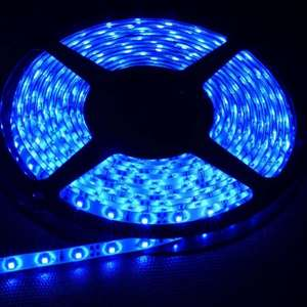[E-Bay] 5m LED Streifen verschiedene Farben für ca. 3.00 €