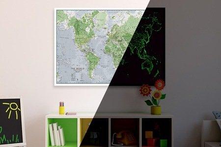 Leuchtende Glow-in-the-Dark-Weltkarte oder -Sternenkarte für 19,99 € (18,19€ Qipu) @Groupon.de