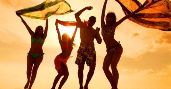 Lloret de Mar - Partyspaß an der Costa Brava - 4 Tage mit Halbpension im Hotel Samba für 49,00 EUR