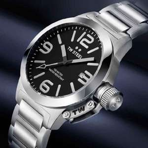 TW Steel Damen / Unisex Uhr Modell TW-300 für 71,26. Nächster Preis: 212,45
