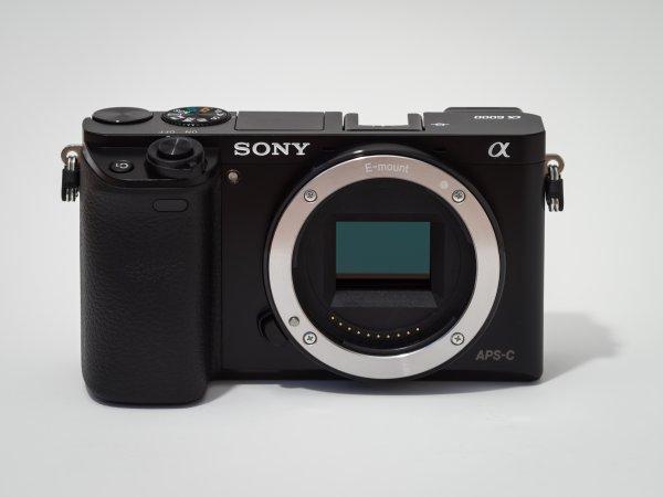 Sony Alpha 6000 - Neue + Gute Systemkamera für 529,06€! online @ e-maxx