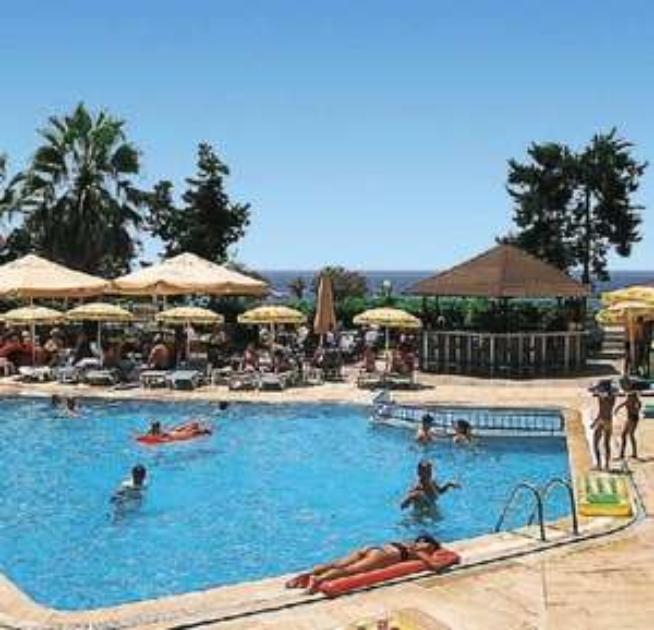 7 Tage Türkei im Juli: 3* Hotel mit Halbpension, Flug und Transfer ab 203€
