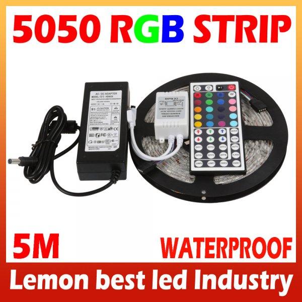 5m LED Strip Komplettpaket: 5050er SMD, 44key Controller, 6A Netzteil, IP65 Schutz gegen Strahlwasser (Versand aus China)