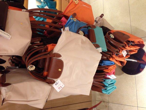 Longchamp Le Pliage Nylon Tasche und Reisetasche ca. 20% Rabatt on-/offline ab