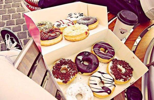 [Lokal Schweiz/Winterthur] 4 Donuts, 2 Softdrinks & 2 Bagels bei Tasty Donuts