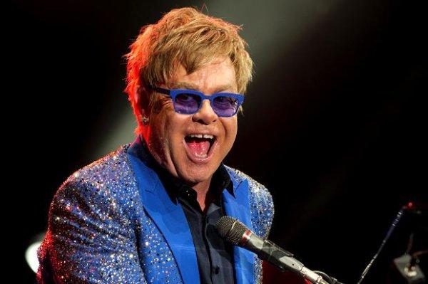 [Groupon] 1 Karte (PK 1) für das Konzert von Elton John am So., 20.07.2014 im WARSTEINER HockeyPark in Mönchengladbach für 49,90 € statt 120,50 €