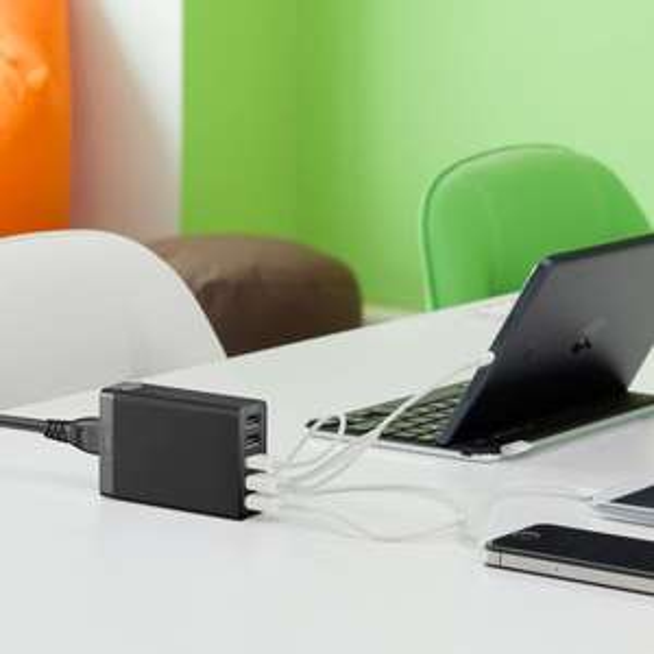 Anker® 40W 5V / 8A 5-Port USB Ladegerät Ladeadapter mit PowerIQ Technologie und 1.5m Netzkabel für Apple & Android Smartphones, Tablets und andere USB-ladende Geräte (Schwarz)