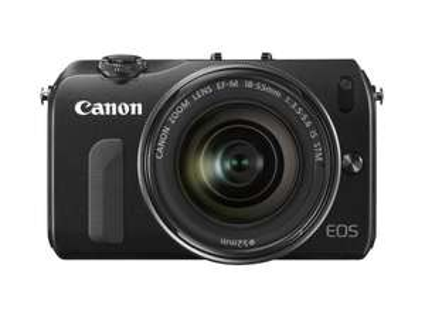 CANON EOS M inkl. EF-M 18-55mm & Speedlite 90EX - 299€ ~9% Ersparnis [Amazon.de Blitzangebot]