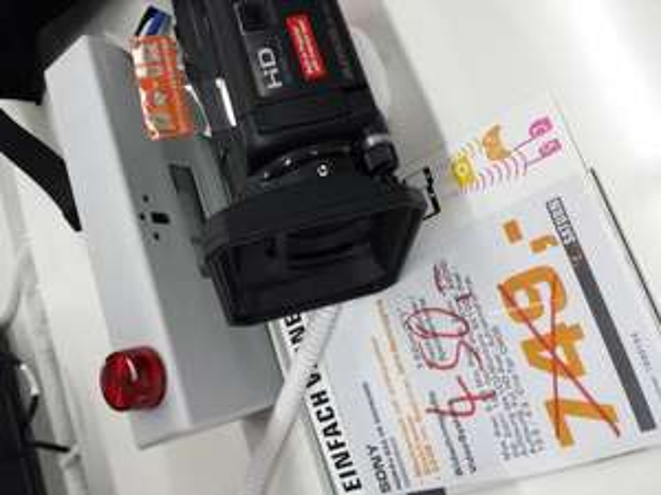 349€ Ersparnis! Sony Camcorder PJ650 mit Beamer