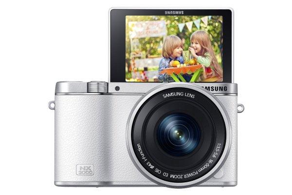 Samsung NX3000 Smart Systemkamera (20,3 Megapixel, 7,5 cm (3 Zoll) Display, Full HD Video, WIFi, NFC  @amazon Blitzangebot 379€