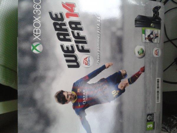 Xbox 360 250gb mit FIFA 14 [real,- Berlin / Neukölln]