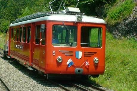 [Rigi - Schweiz] Im Juli und August fahren Kinder bis 16 Jahre auf ALLEN 9 Rigi-Bergbahnen GRATIS