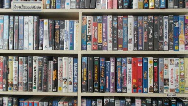 [lokal Vilsbiburg] VHS-Filme für ab 30 Cent