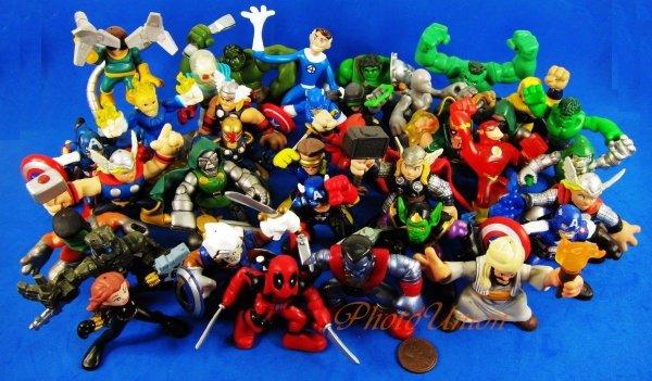 Miniaturfiguren günstig aus China - z.B. 10er Set Marvel für 11€ oder 12er Set Super Mario für 10€, etc.