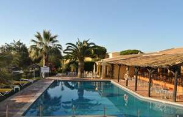 Algarve im November: 8 Tage im 3-Sterne Hotel inkl. Flügen, Transfers und Frühstück ab 338€ für 2 Personen