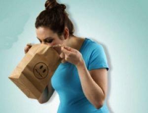 Akupressurband gegen Übelkeit bei Schwangerschaft oder Reisen mit der Bahn, Schiff oder Flugzeug incl. Versand für 2,99 Euro