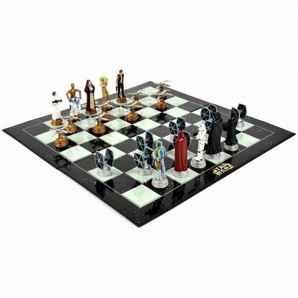 Star Wars Schachspiel für 13,99€ inkl. VSK @ Elfen.de