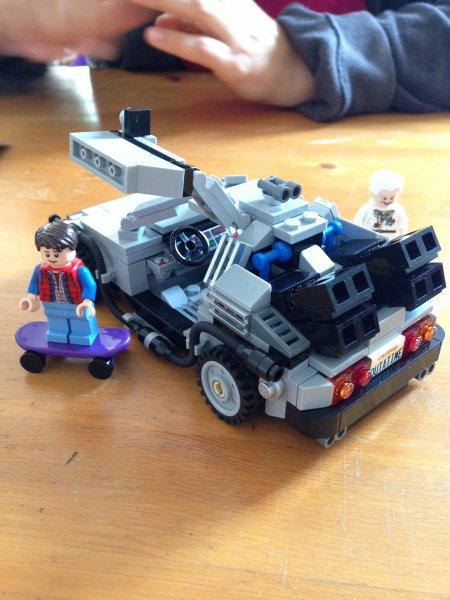 [lokal] [Bickenbach] Lego Back to the Future DeLorean für 30€