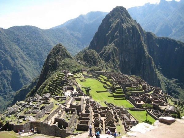 Flüge: Sao Paulo (Brasilien) 309,- € ab Brüssel hin und zurück - Lima (Peru) 373,- € - Peru & Bolivien 413,- € - Venezuela & Kolumbien 418,- € u.v.m. (Oktober - Dezember)