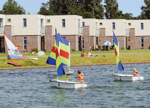 RCN Ferienpark De Schotsman Zeeland. z.B. 4 Tage für 4/6 Pers. bei Travelbird ab 119€